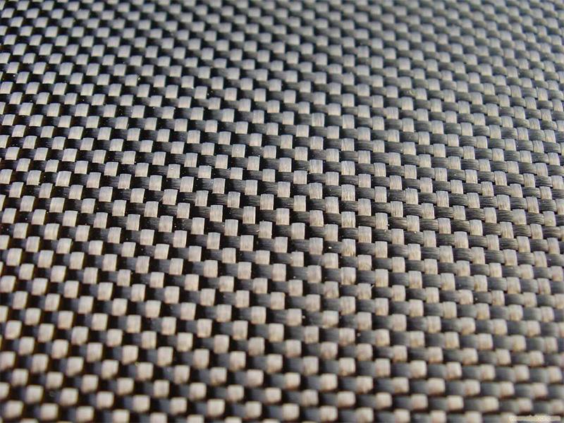 Tại sao sợi cacbon nhẹ và bền?