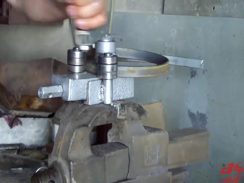 Cấu tạo của máy uốn sắt